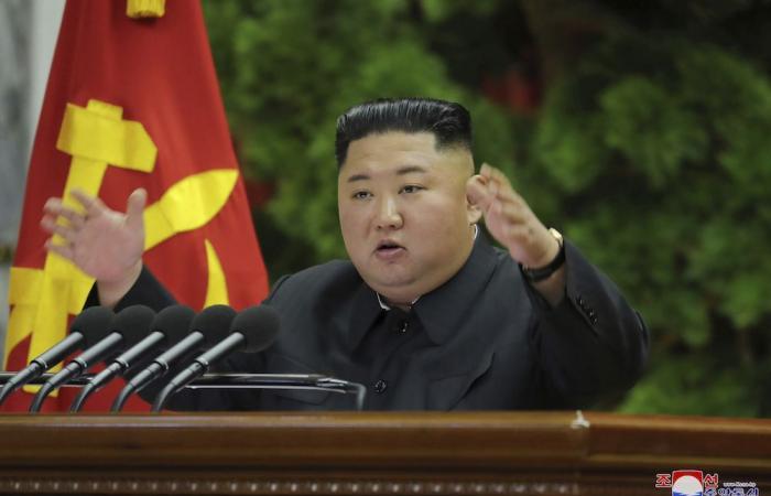 White House warns N. Korea over 'Christmas gift' threat