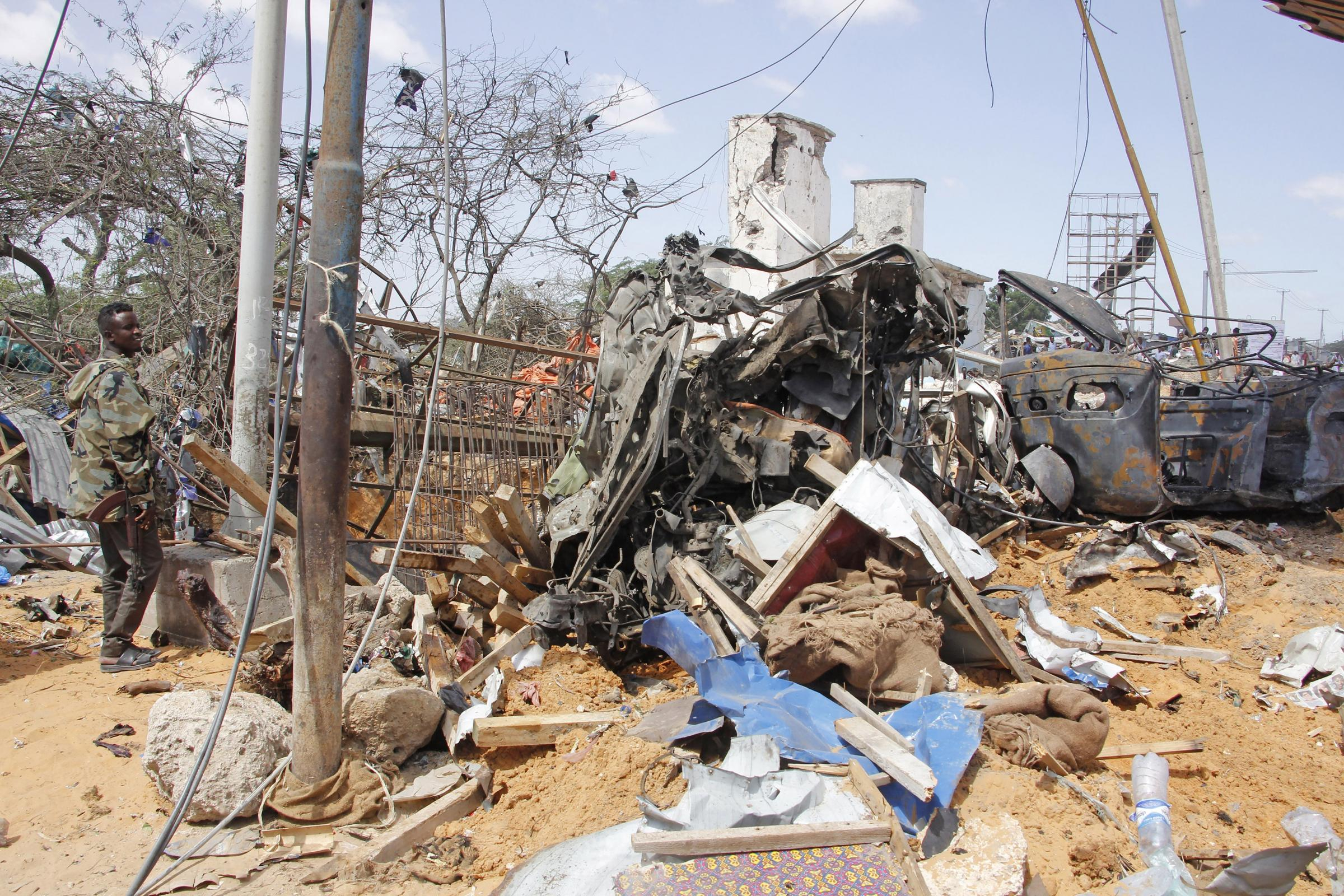 Mogadishu truck bomb attack leaves more than 70 dead