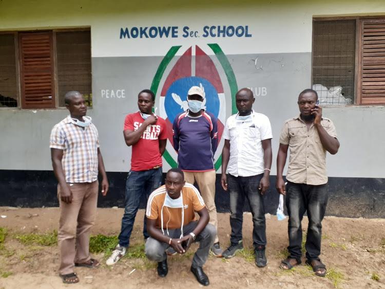 Seven Kenyans stranded in Somalia walk back into the country