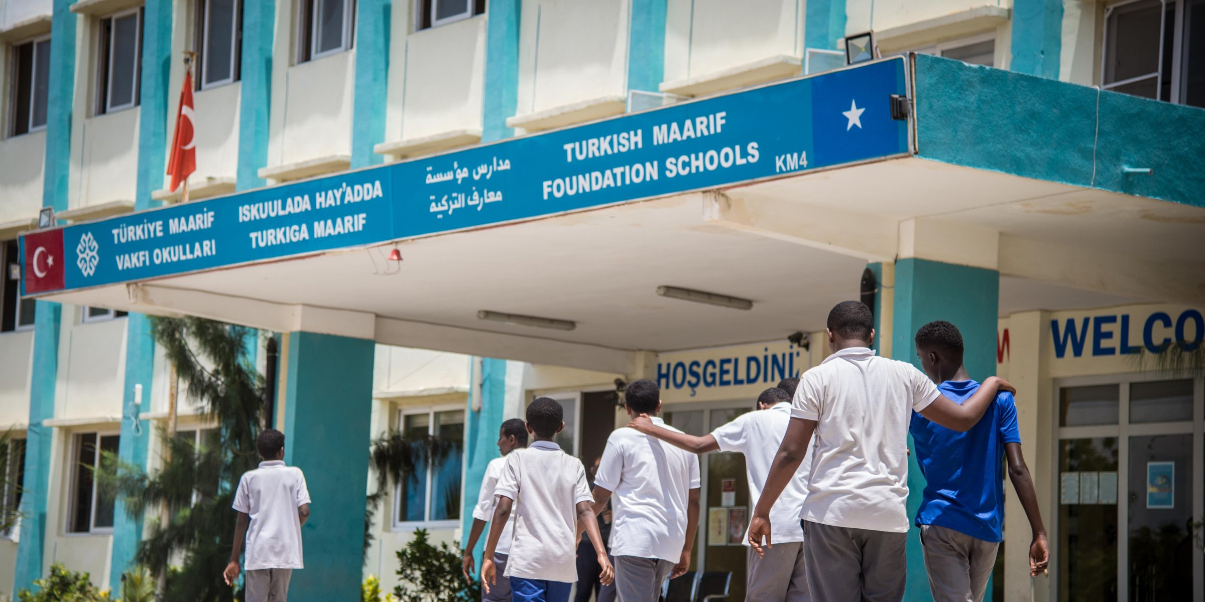 Civilians injured in explosion near Turkish school in Migadishu