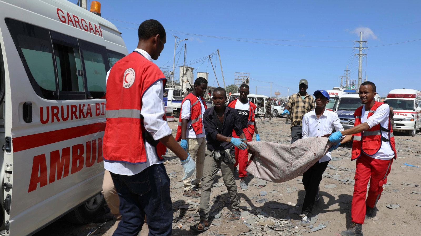 Somalia Bombing Kills Dozens in Mogadishu