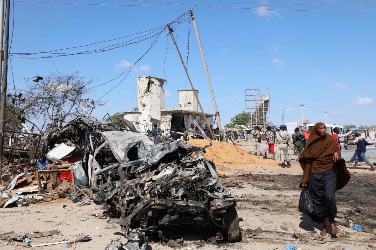 76 killed in Somalia car bomb: Police