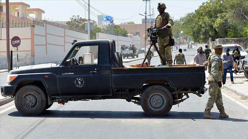 Roadside Bomb kills 4 civilians in Mogadishu