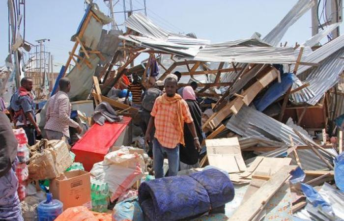Truck bomb in Somalia's capital kills at least 61