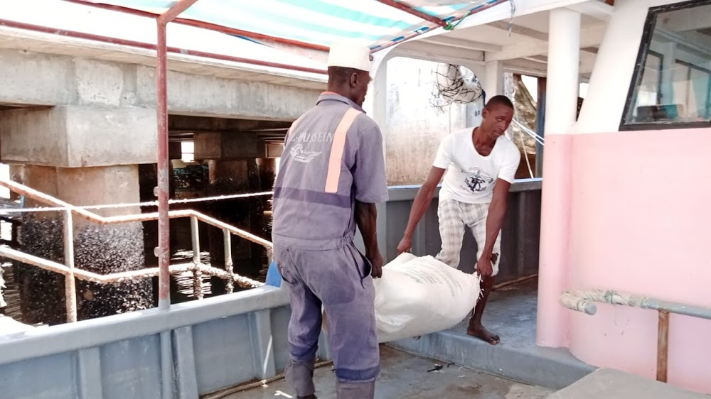 Lamu ice block dealers want border reopened to save trade