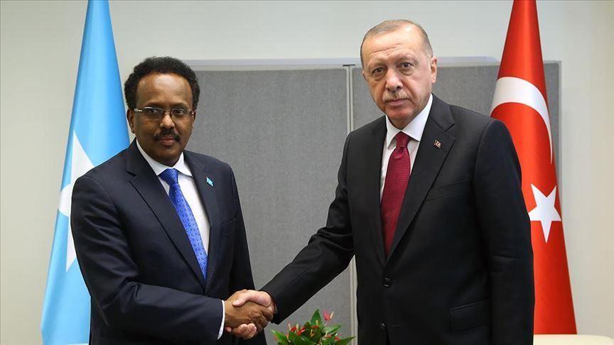 Turkish, Somali presidents speak over phone