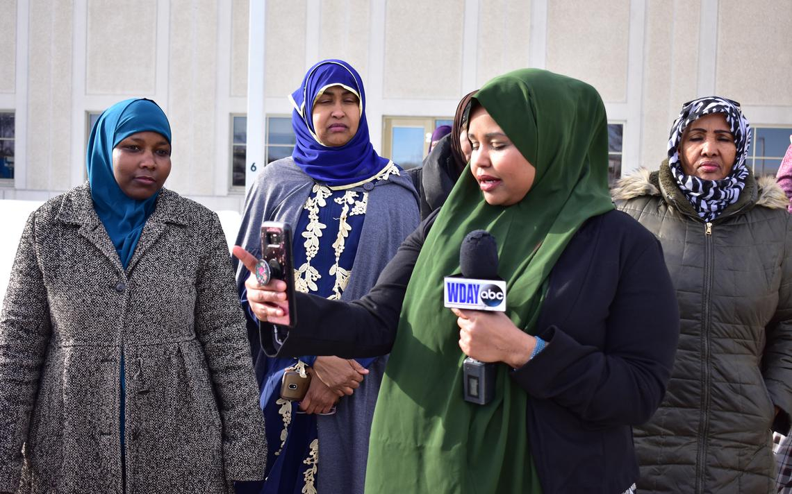 More than 200 Somali people gather for East Grand Forks mother's second court date