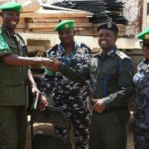 Somalia: AMISOM donates office equipment to HirShabelle Police Force